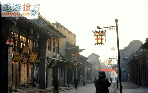 http://www.cultural-china.com/chinaWH/upload/newsAllImg/2009-03/15/initial_appraisal_of_chinese_famous_historical__cultural_streets_revealed_shanxi_lianglao_strbb2c31e1711d2bcc0d74.jpg1.jpg